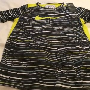 Nike Shirts & Tops - Nike new boys large dri-fit T-shirt
